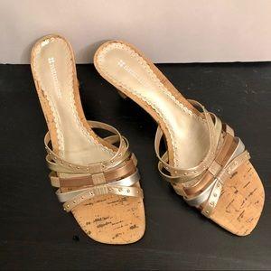 Naturalizer court slide on sandals size 7 1/2